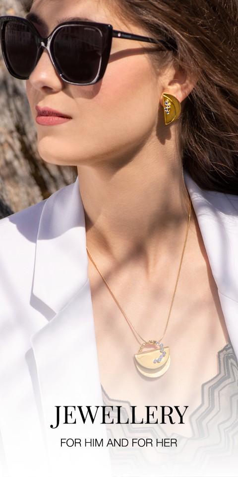 Model, Jewelery, jewelry, necklace, earrings, rings, bracelets, style, fashion