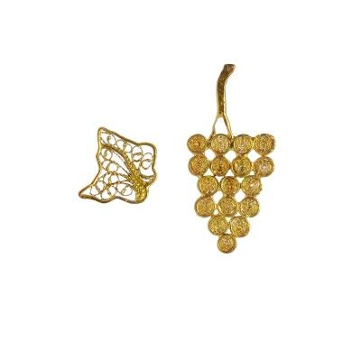 Earring Grape And Leaves